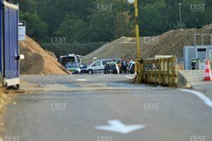 l-accident-s-est-produit-a-l-exterieur-des-batiments-sur-une-zone-de-circulation-des-engins-photo-p-l-1534873178